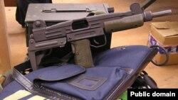 По данным статистики, на руках у жителей Германии находится около десяти миллионов зарегистрированных единиц огнестрельного оружия. И еще около двадцати миллионов – нелегальных