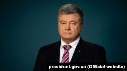 «Ми маємо продемонструвати світу рішучість українських дій», – сказав президент на засіданні РНБО