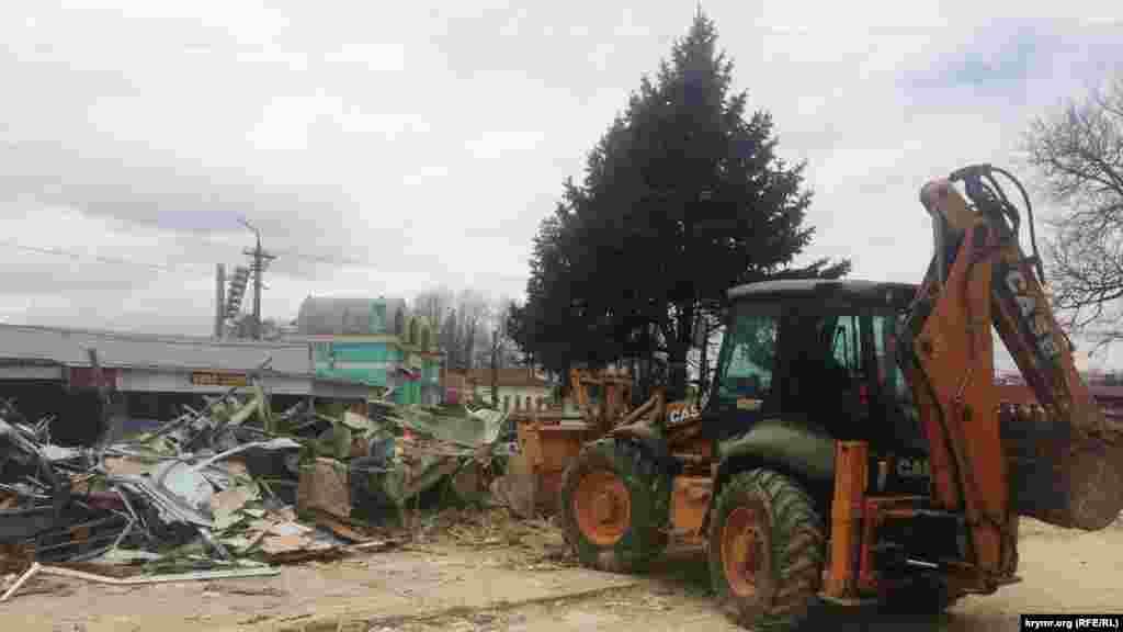 Повномасштабне знесення ринку на вулиці Козлова розпочалося навесні 2017 року