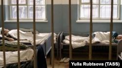 Больница в исправительной колонии, где содержатся ВИЧ-инфицированные заключенные