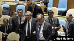 Глава МИД Азербайджана в ходе выборов в непостоянные члены Совета Безопасности ООН, Нью-Йорк, 24 октября 2011 г.