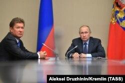 """Председатель правления """"Газпрома"""" Алексей Миллер и Владимир Путин"""