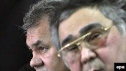 Чукул кырдаалдар министри Сергей Шойгу жана Кемеров областынын губернатору Аман Түлеев