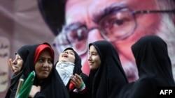 در ده دوره انتخابات ریاست جمهوری که تاکنون در ایران برگزار شده، تاکنون صلاحیت هیچ زنی توسط شورای نگهبان تایید نشده است.