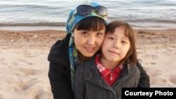 Рима Имарова с дочерью.