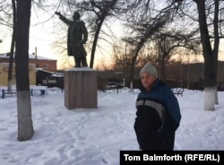 In 2014, Vladimir Ovchinnikov was arrested for daubing Borovsk's Lenin statue with the colors of the Ukrainian flag to protest Russia's support for separatists in the Donbas region.