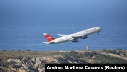Վենեսուելա - Ռուսական Nordwind ավիաընկերության «Բոինգ 777» օդանավը թռիչք է կատարում Կարակասի օդանավակայանից, 30-ը հունվարի, 2019թ․