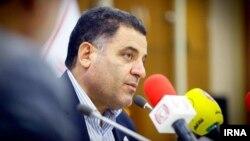 آقای پیوندی روز ۱۱ آبان به دلیل یک پرونده مربوط به دوره ریاستش در دانشگاه شهید بهشتی، بازداشت و آزاد شده بود