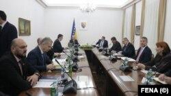 Sjednica Predsjedništva Bosne i Hercegovine s ministrima o situaciji u zemlji prouzrokovanoj virusom korona, Sarajevo, 16. mart 2020. godine.