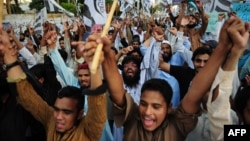 Pakistani Islamist activist shout anti-Indian slogans during a demonstration in Karachi on October. (file photo)