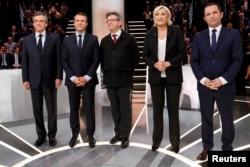 Участники президентских дебатов во Франции. В центре - Жан-Люк Меланшон