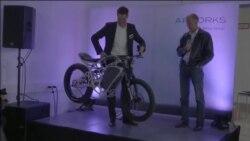 Isprintani motocikl koji zaista vozi