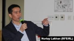 Социолог Серик Бейсенбай на форуме Urban Forum Qazaqsha. Алматы, 26 апреля 2019 года.