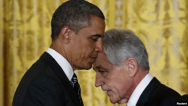 Barack Obama nominirao je za ministra obrane Chucka Hegela,