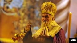 Patriarku serb Irinej