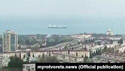 Судно LAODICEA на вході в Севастопольську бухту (31.01.2021)
