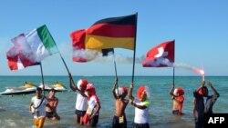 سياح اوربيون يعبرون عن تضامنهم مع تونس
