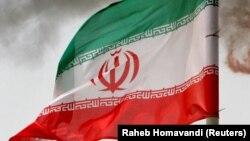 د ایران بیرغ