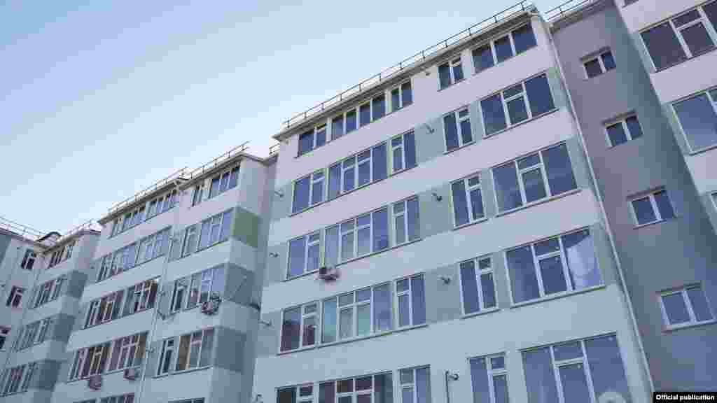 Ukraine, Crimea - Aksyonov Sergey handed over the keys to the apartment, 17Dec2015