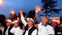 Митинги оппозиции в Тбилиси не прекращаются