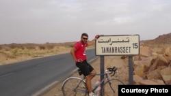 رضا پاکروان؛ یک ایرانی در تدارک ساخت مدرسه در آفریقا