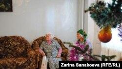 Жители «Заботы» с благодарностью рассказывают, как много всего принесли им под Новый год