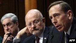 David Petraeus, i pari nga e djathta