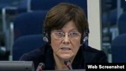 Eva Tabo svjedoči na suđenju Ratku Mladiću, 13. studeni 2013.