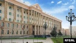 """Эксперт Гия Мепаришвили считает, что судебная процедура еще не завершена, еще предстоит апелляционное разбирательство, видимо, предстоит кассационное, так что ставить все точки над """"и"""" пока еще рано"""