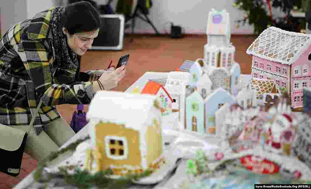 Фестиваль навмисне влаштувати перед святом Миколая: щоб допомогти батькам вибрати солодощі дітям