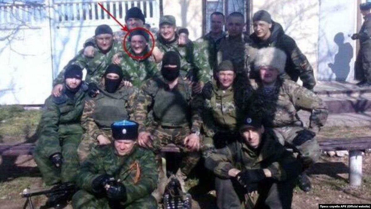 «Самооборона» Крыма: их знают в лицо