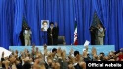 Аятола Алі Хаменеї виступає з промовою в місті Машгаді, 21 березня 2013 року