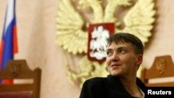 Նադեժդա Սավչենկոն Ռուսաստանի գերագույն դատարանում հետևում է իր երկու հայրենակիցների դատավարությանը, Մոսկվա, 26-ը հոկտեմբերի, 2016թ․