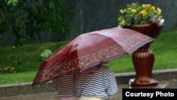 Oktyabrın 17-də Bakıya bir neçə aydan bəri ilk payız yağışı yağıb
