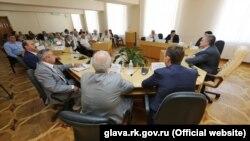 Ukraine, Crimea - Sergey Aksenov met with Crimean Tatar public men, 08Jul2016