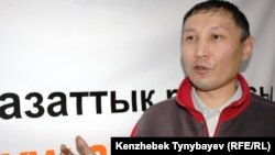 Екпин Шардаров, участник Декабрьских событий 1986 года. Алматы, 12 декабря 2011 года.