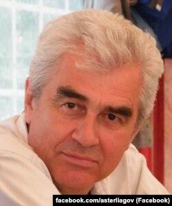 Анатолий Стерлягов