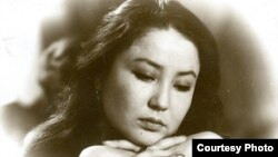 Таттыбүбү Турсунбаева.
