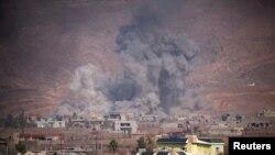 Бои за город Башика в окрестностях Мосула между курдскими ополчениями и боевиками группировки «Исламское государство», Ирак, 7 ноября 2016 года.