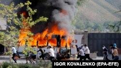 Ղրղըզստան - Բախումները Կոյ Տաշում՝ նախկին նախագահ Ալմազբեկ Ատամբաևին ձերբակալելու գործողության ժամանակ, 9-ը օգոստոսի, 2019թ.