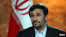 محمود احمدی نژاد می گوید: ما در ایران در موقعیتی قرار داریم که میتوانیم احتیاجات خود را برآورده سازیم.