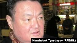Политик Заманбек Нуркадилов. Алматы, 2005 год.