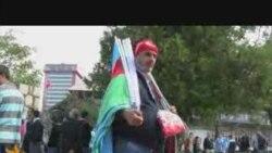 Բուրսայում ադրբեջանական դրոշներ են վաճառվում