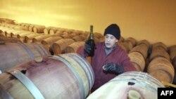 یک کارگاه تولید شراب در مکنس مراکش