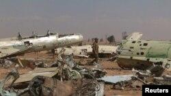 Бойцы «Сирийских демократических сил» уже освободили от экстремистов прежнюю военно-воздушную базу «Табка» у Эр-Ракка, фото 9 апреля 2017