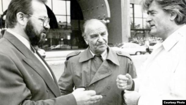 Stjepan Kljuić, Alija Izetbegović i Radovan Karadžić 1992. godine