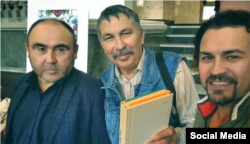 Альберт Исмаил Салават Хәмидуллин белән башкорт төбәк өйрәнүчеләр конференциясендә. 2019 елның 16 октябре
