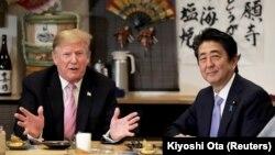 Donald Trump și Shinzo Abe