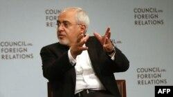 آقای ظریف این تحلیل را که پس از «پیشقدم» شدن وزیر خارجه عربستان برای این گفتوگو اکنون «توپ در زمین ایران است» رد کرد.