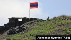 Военнослужащие ВС Армении на Соткском участке армяно-азербайджанской границы, июль 2021 г․